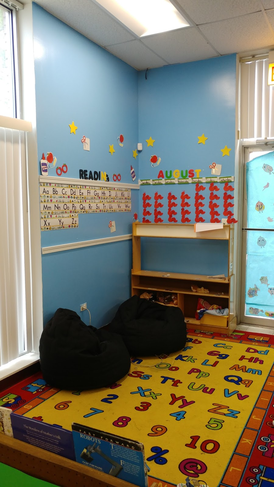 The Play Pin Daycare Corp - point of interest  | Photo 1 of 10 | Address: 4753 W Washington Blvd, Chicago, IL 60644, USA | Phone: (773) 688-5445