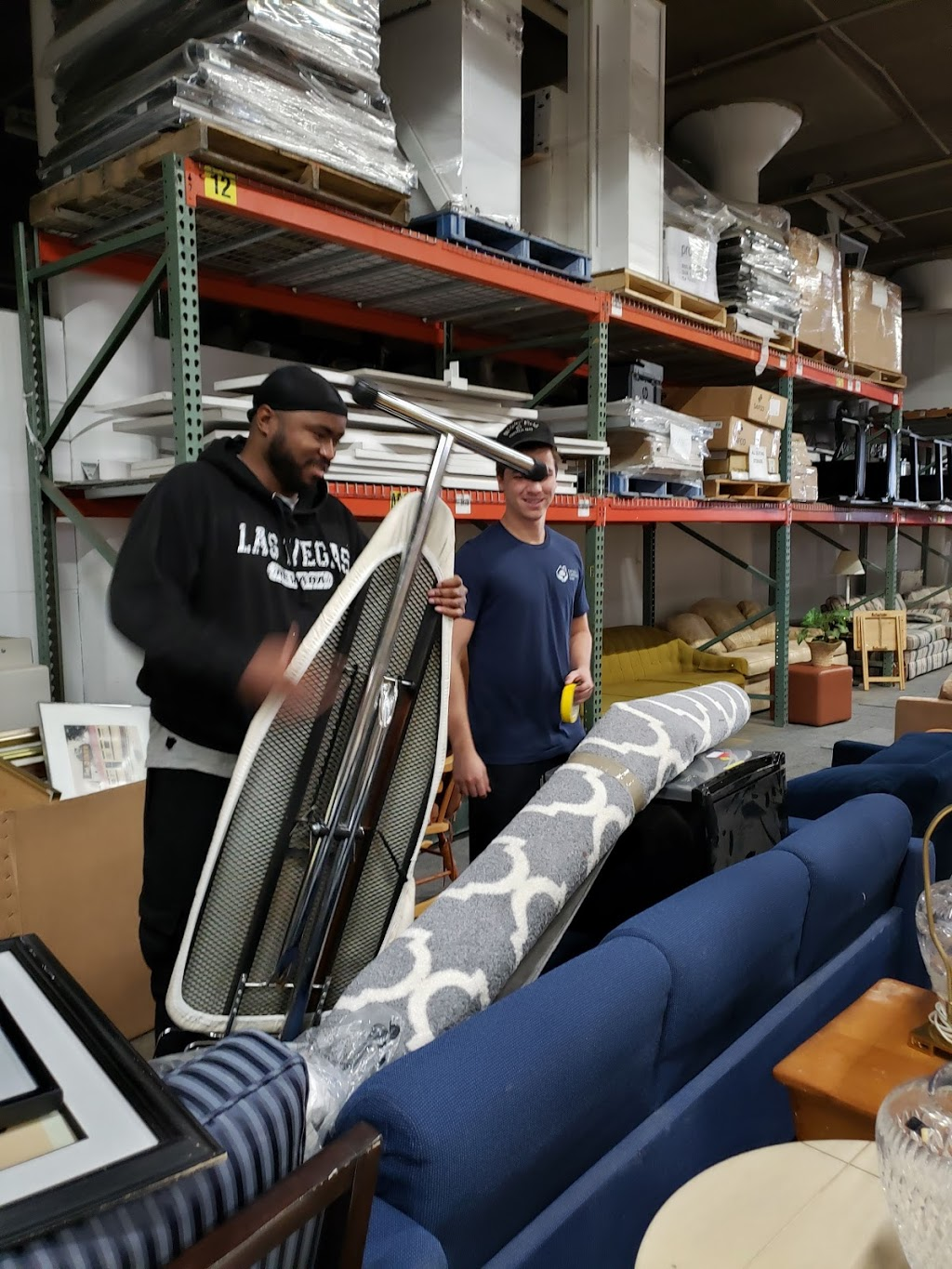 Chicago Furniture Bank - point of interest  | Photo 1 of 6 | Address: 4800 W Roosevelt Rd, Chicago, IL 60644, USA | Phone: (312) 752-0211