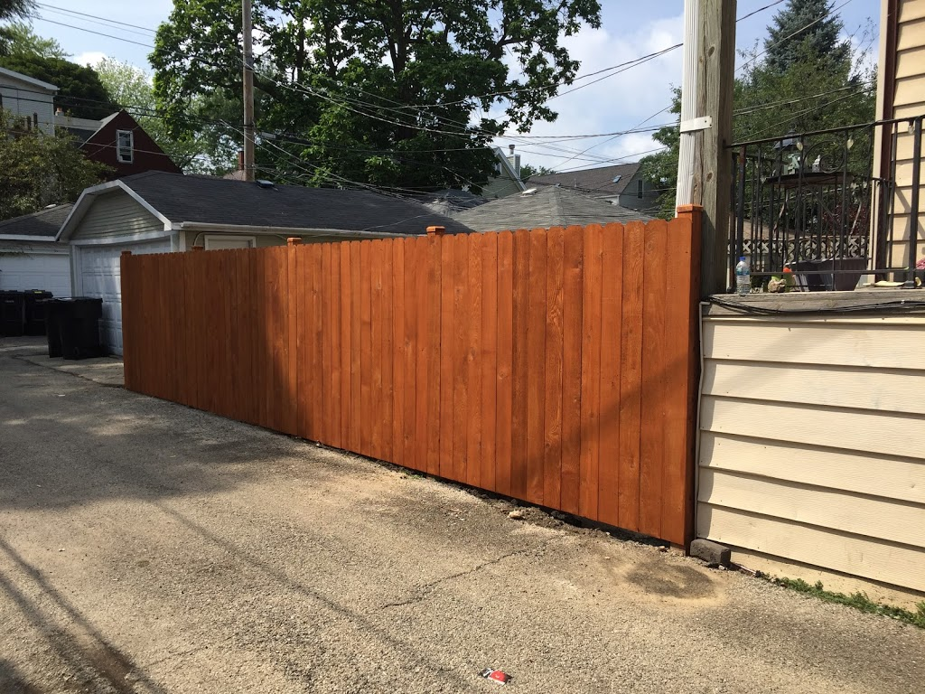 H&A Rivas Fence - general contractor    Photo 5 of 6   Address: 1501 S 49th Ave #2s, Cicero, IL 60804, USA   Phone: (773) 234-5558