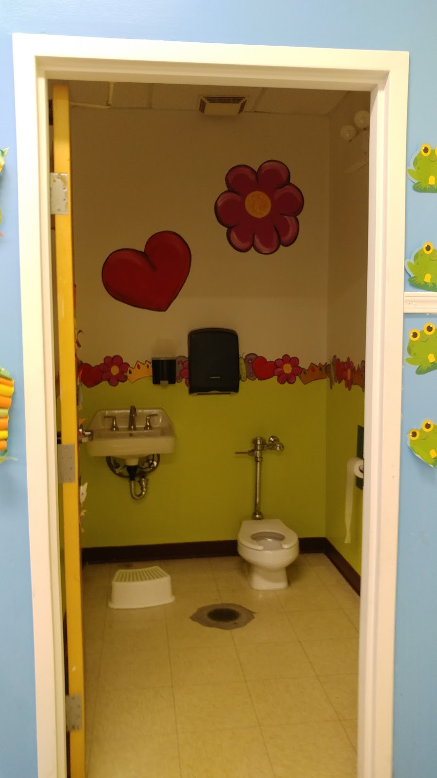 The Play Pin Daycare Corp - point of interest  | Photo 4 of 10 | Address: 4753 W Washington Blvd, Chicago, IL 60644, USA | Phone: (773) 688-5445