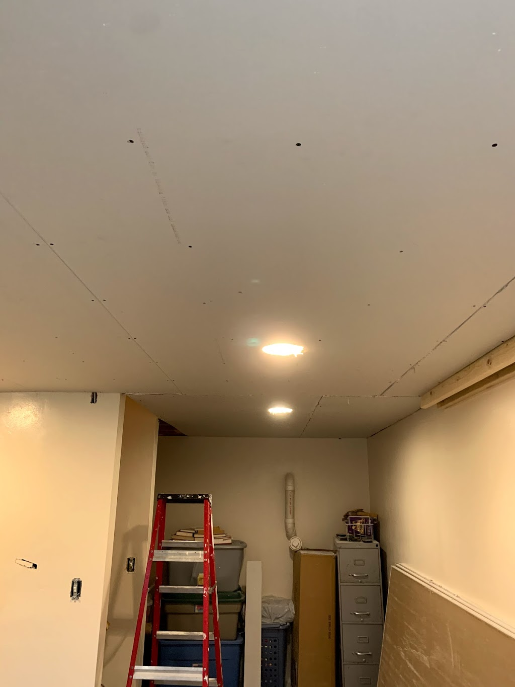 HK Drywall Services Inc. - painter  | Photo 4 of 10 | Address: 4517 W Adams St, Chicago, IL 60624, USA | Phone: (773) 526-3274