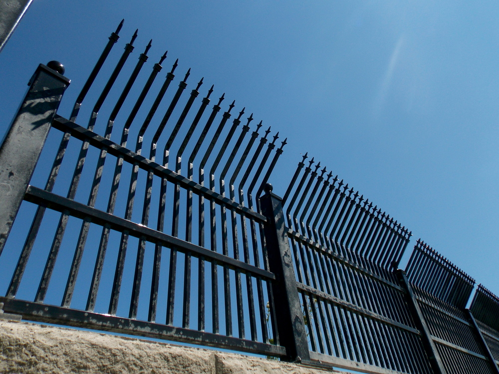 Industrial Fence Inc - general contractor    Photo 6 of 10   Address: 1300 S Kilbourn Ave # 3, Chicago, IL 60623, USA   Phone: (773) 521-9900