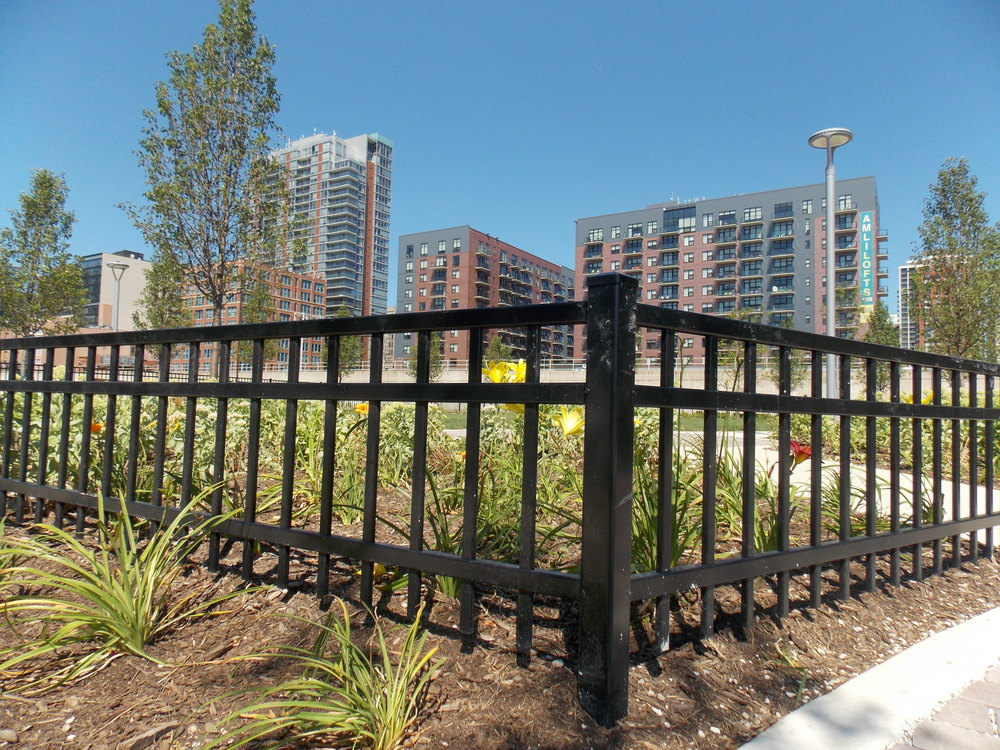 Industrial Fence Inc - general contractor    Photo 4 of 10   Address: 1300 S Kilbourn Ave # 3, Chicago, IL 60623, USA   Phone: (773) 521-9900