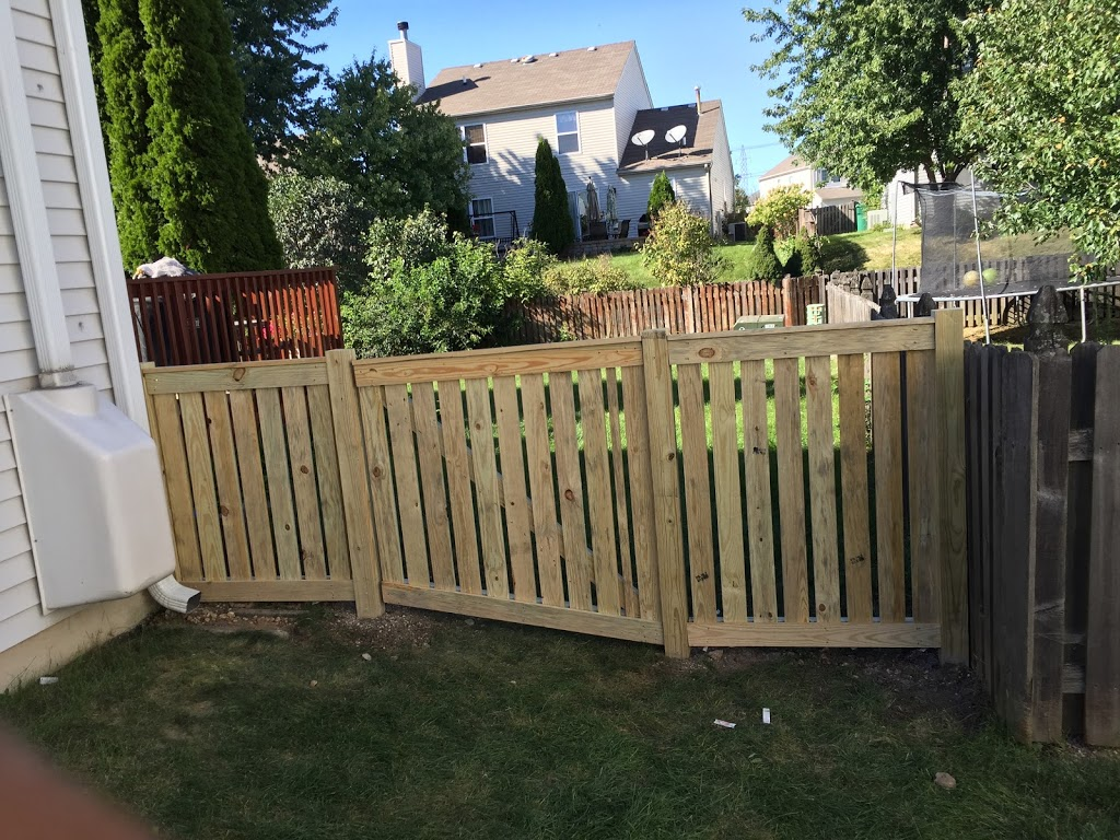 H&A Rivas Fence - general contractor    Photo 4 of 6   Address: 1501 S 49th Ave #2s, Cicero, IL 60804, USA   Phone: (773) 234-5558