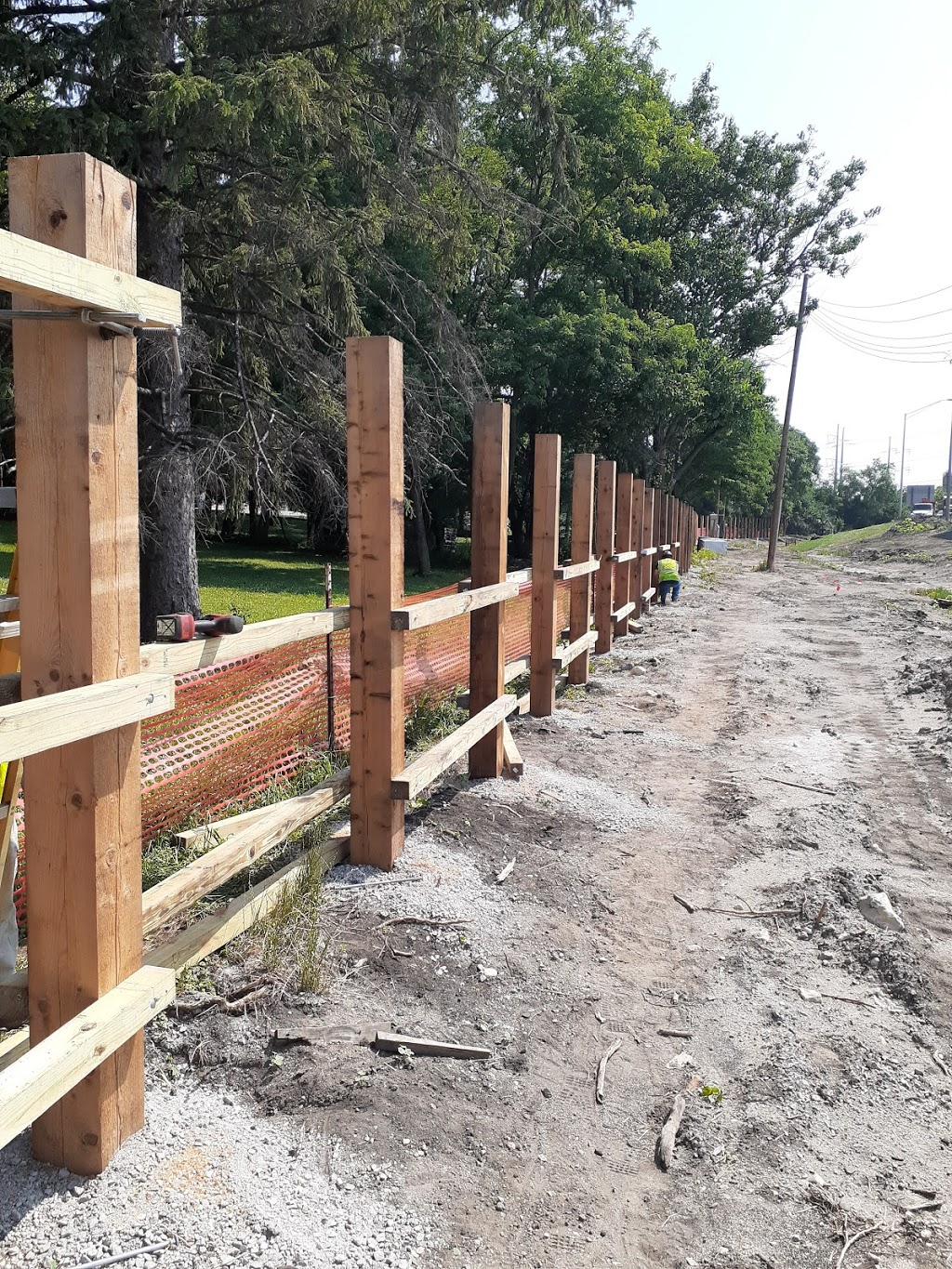 Industrial Fence Inc - general contractor    Photo 2 of 10   Address: 1300 S Kilbourn Ave # 3, Chicago, IL 60623, USA   Phone: (773) 521-9900
